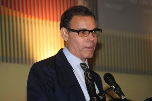 Luis Vicente León: Medida para Simonovis es un intento de sacar vapor de la olla de presión